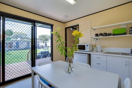 spa suite kitchen